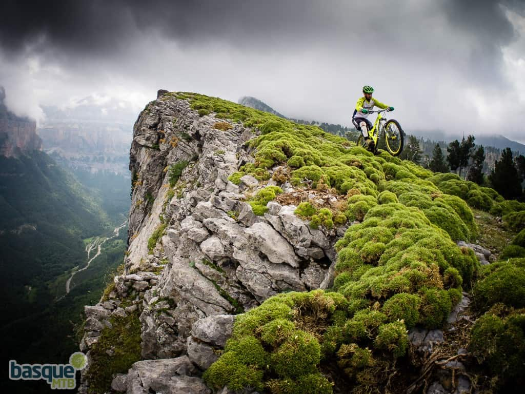 basqueMTB mountain bike holidays