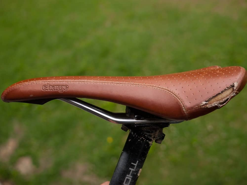 Charge Spoon Saddle Ripped